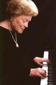 Lotte Jekéli